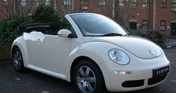 VOLKSWAGEN BEETLE 1.6 SOLAR CONVERTIBLE CREAM MANUAL