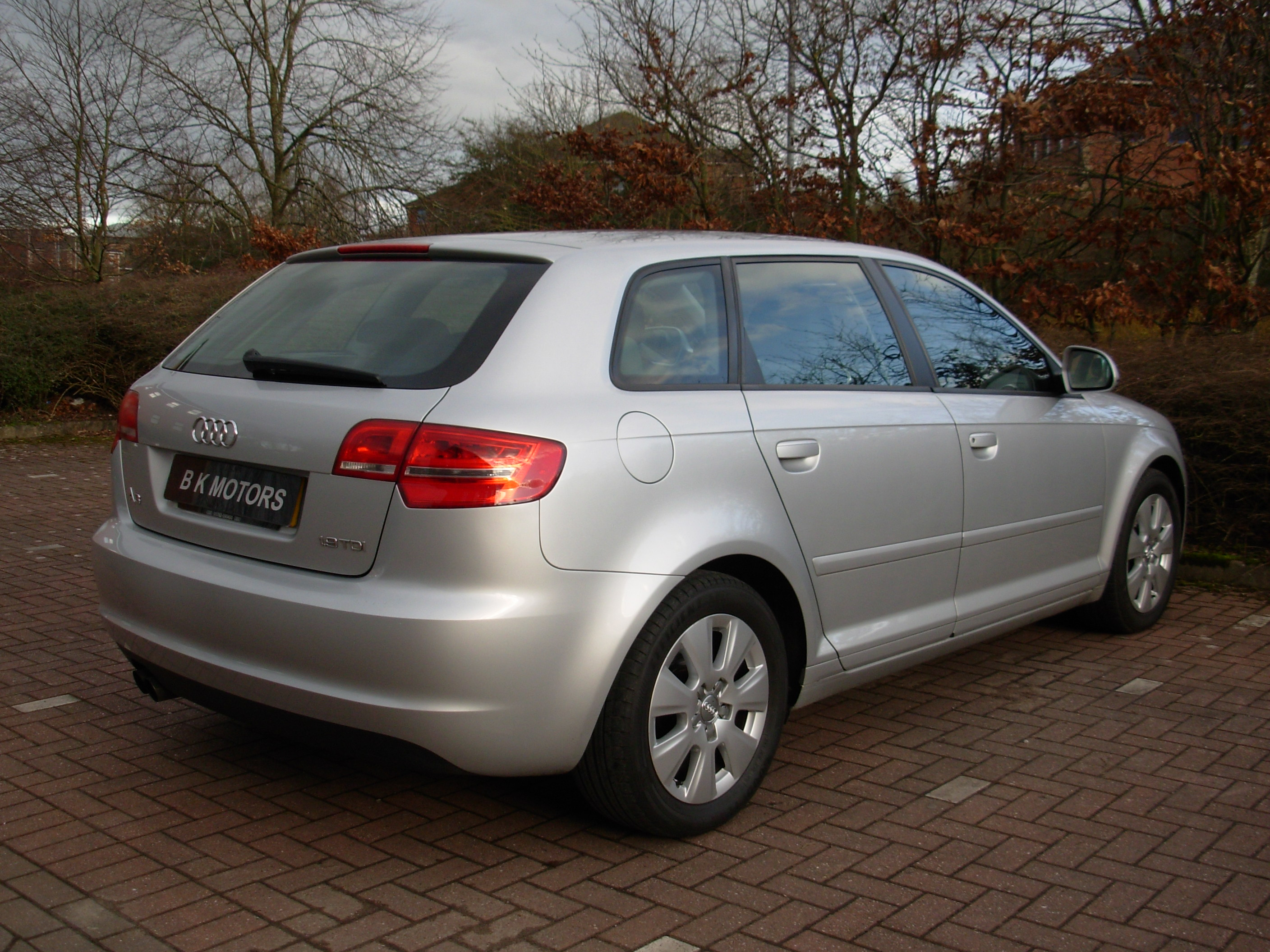 used audi a3 1 9 tdi se 105 fsh for sale in stafford bk motors. Black Bedroom Furniture Sets. Home Design Ideas