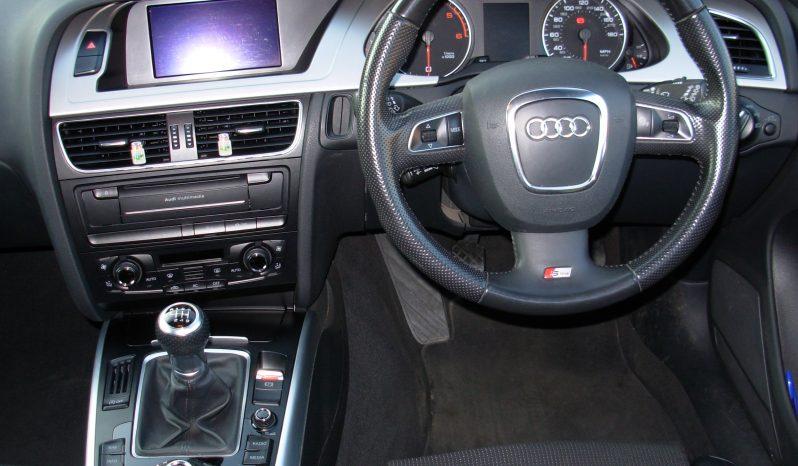 AUDI A4 AVANT S LINE 2.0 TDI 170 DIESEL MISANO RED full