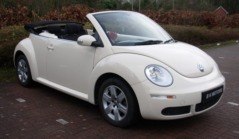 VOLKSWAGEN BEETLE 1.6 LUNA CONVERTIBLE CREAM MANUAL full